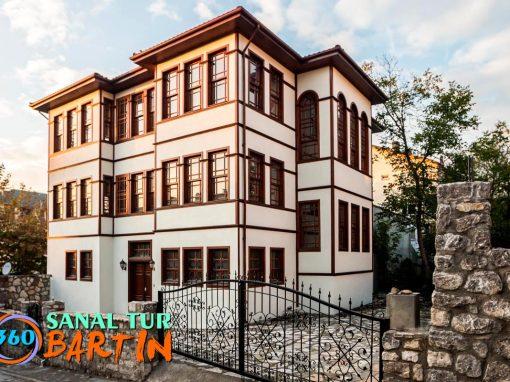 AHŞAP BARTIN EVLERİ
